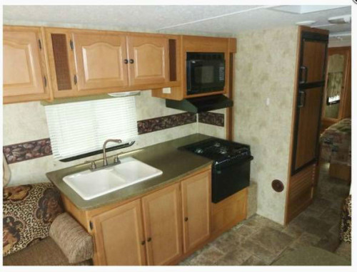 2011 Keystone Passport Ultra 31 Travel Trailer
