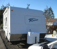 2009 Dutchman Rainier 18F Travel Trailer
