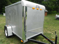 5 x 8 car-mate enclosed trailer 1