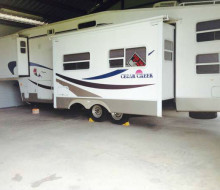 36 ft. 2004 cedar creek 5th wheel trailerocity 1